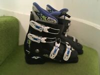 Kids nordica ski boots size 23/23.5 uk size 4/4.5