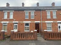 Well presented, spacious and extended property with 2 bedrooms located off Tates Avenue, Belfast