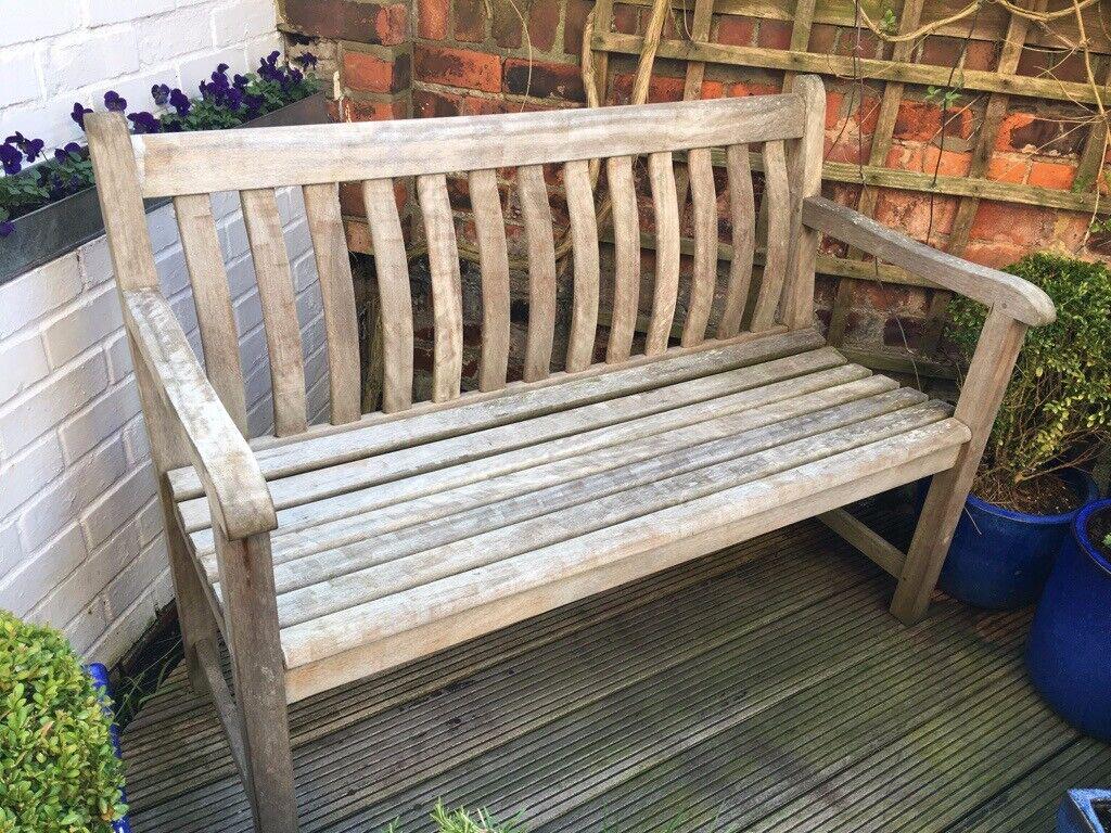 Garden bench in hardwood newcastle