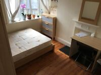 beautiful large DOUBLE ROOM TO RENT CLOSE TO BOROUGH LONDON BRDGE TOWER BRIDGE TWO BATHROOMS CLEANER
