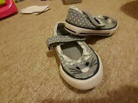 Size 5 infant shoes, boots and slippers