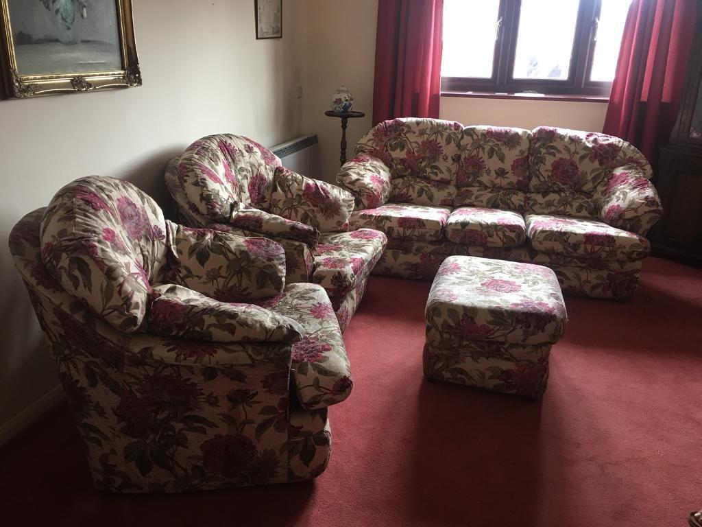 3 Piece Suites Sofa And Two Chairs