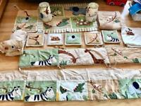 Kidsline Nursery Jungle decoration luxury bundle. 17 pieces.
