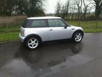 MINI ONE 2006, ONE PREVIOUS OWNER. 73,000 MILES WITH HISTORY. MOT FEBRUARY 2018.