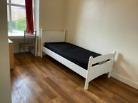 One room for rent in 6 bed house