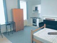 Studio flat in Southampton Street, Reading, RG1 (#1063052)