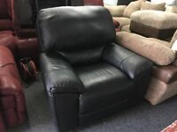 New/Ex Display LazyBoy Large Black Leather 1 Seater Electric Recliner Sofa chair