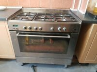 5 gas cooker with grill and oven