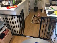 Dreambaby Chelsea Xtra-wide Baby Gate Set: 1 gate + 3 extensions (fits 97cm - 142cm)