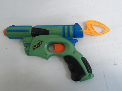 Nerf Tech Target Gun Eliminator Dart Pistol 2003 Pull Back No Darts  9734 2B