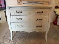 Chest of drawers and vanity unit