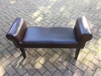 Duel seat piano seat in brown leather very nice piece furniture