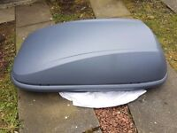 Halfords Grey 420L Roof Box - Only used once
