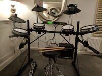 Alesis DM5 professional electronic drum kit