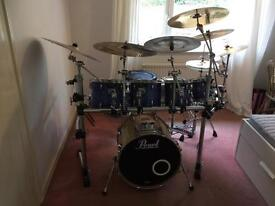PEARL MASTERS CUSTOM MASTERS WITH STUDIO BASS RACK AND CYMBALS