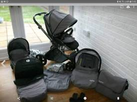Oyster 2 limited edition travel system