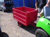 Box tipping trailer