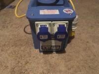 Defender transformer-2x-16a-outlets-240v