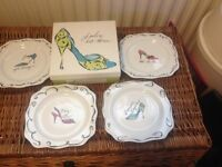 Boxed item, 4x 'i love shoes' plates