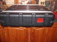 1000 WATT POWER AMP WITH 4 WEDGE SPEAKERS AND CABLES