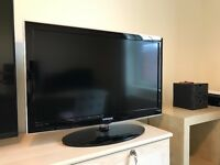 """Samsung 32"""" HD READY Freeview LED TV"""