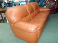 Italian Tan Orange Leather 3 Seater in Very Excellent Condition No rips or Marks Very Clean Deliver