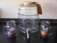 Kilner 5L Dispenser Tap Jar Large Glass Party Barrel Storage Container & 2 Mugs