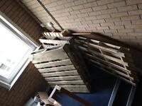 4 standard wooden pallets