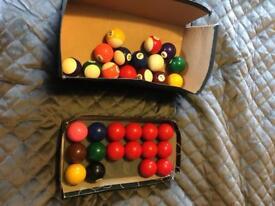 Set of snooker & pool balls