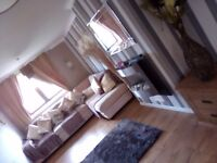 Large 2 bed macmerry with wet room