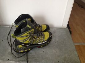 SALMON GORETEX BOOTS-USED GREAT CONDITION