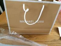 Michael kors purse (brand new with tag)