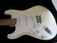 Fender Stratocaster Mexico + Hard Case, Cream & Rosewood, LEFT HAND