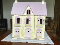 Dolls House - excellent condition