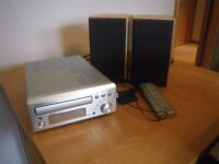 DENON UD - M30 MICRO HI-FI CD SYSTEM COMPLETE WITH SPEAKERS + REMOTE CONTROL. LIKE NEW.