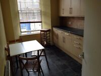 Unfurnished 2 bedroom flat just off Musselburgh High Street