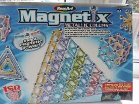 MAGNETIX Building Set