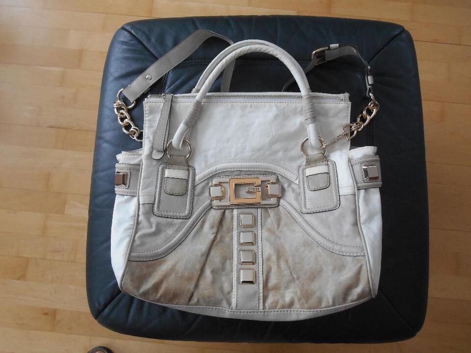 Guess Damen Lederhandtasche neu in Bayern - Diedorf