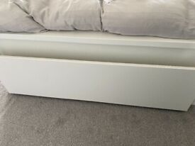 4 x Malm under bed storage drawers