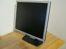 """Dell 18.5"""" monitor used but in very good condition"""