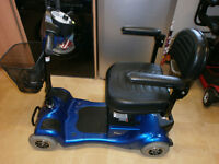 RIO 4 WHEELED CAR BOOT SIZED MOBILITY SCOOTER IN EXCELLENT CONDITION WITH NEW BATTERIES FITTED