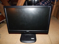 Acer AL1603W 16 inch Wide LCD Monitor with desk lamp