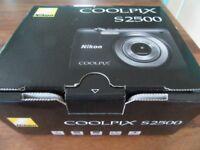 Nikon Coolpix S2500 Camera