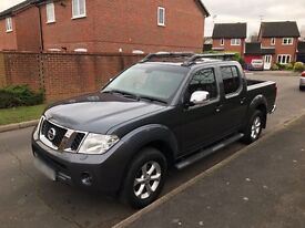 Nissan Navara 2.5 dCi Tekna Double Cab Pickup 4dr low milage perfect condition £15999 ONO