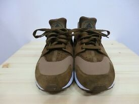 NIKE AIR HURACHE CHOCOLATE SIZE 8
