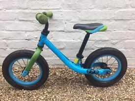 Giant Balancing Bike Pre (Blue)