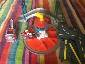 Paw patrol look out tower and track set - selling as clearing out