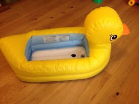 Travel baby bath. Used once. Practical and compact