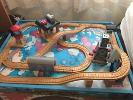 Thomas the tank engine play table and various engines