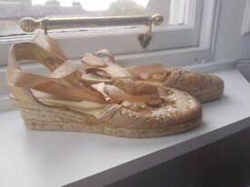 Golden brand new wedge sandals, size 5/6 - £ 5.00